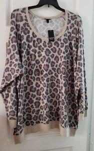 Torrid size 5 sweatshirt cheetah